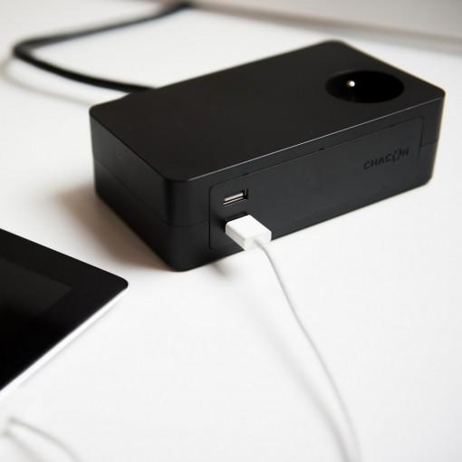 Bloc bureau 3X16A + 2 x USB - 1,5 m - Noir